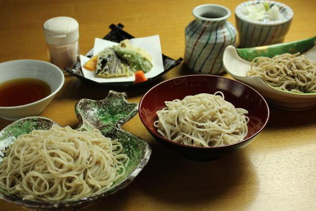 蕎麦は長野の名物「信州蕎麦」を3種類の中からお選びいただける【懐食あおき】へ~「蕎麦三昧」がおすすめ~